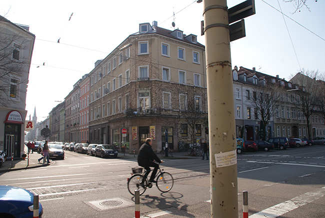 "Karlsruhe: Treibstoffbande tankte ""hochkonspirativ"" - Baden ..."