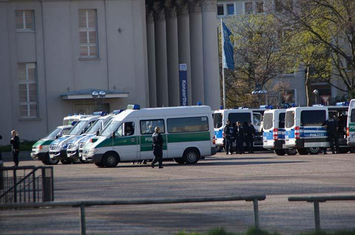bombenfund_karlsruhe_suedstadt20140317_0040