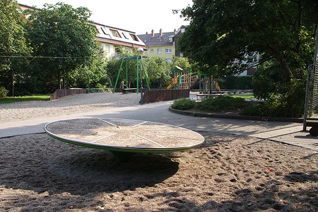 Spielplatz Grünstreifen zwischen Marienstraße und Wilhelmstraße
