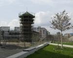 Wasserturm und Grundschule
