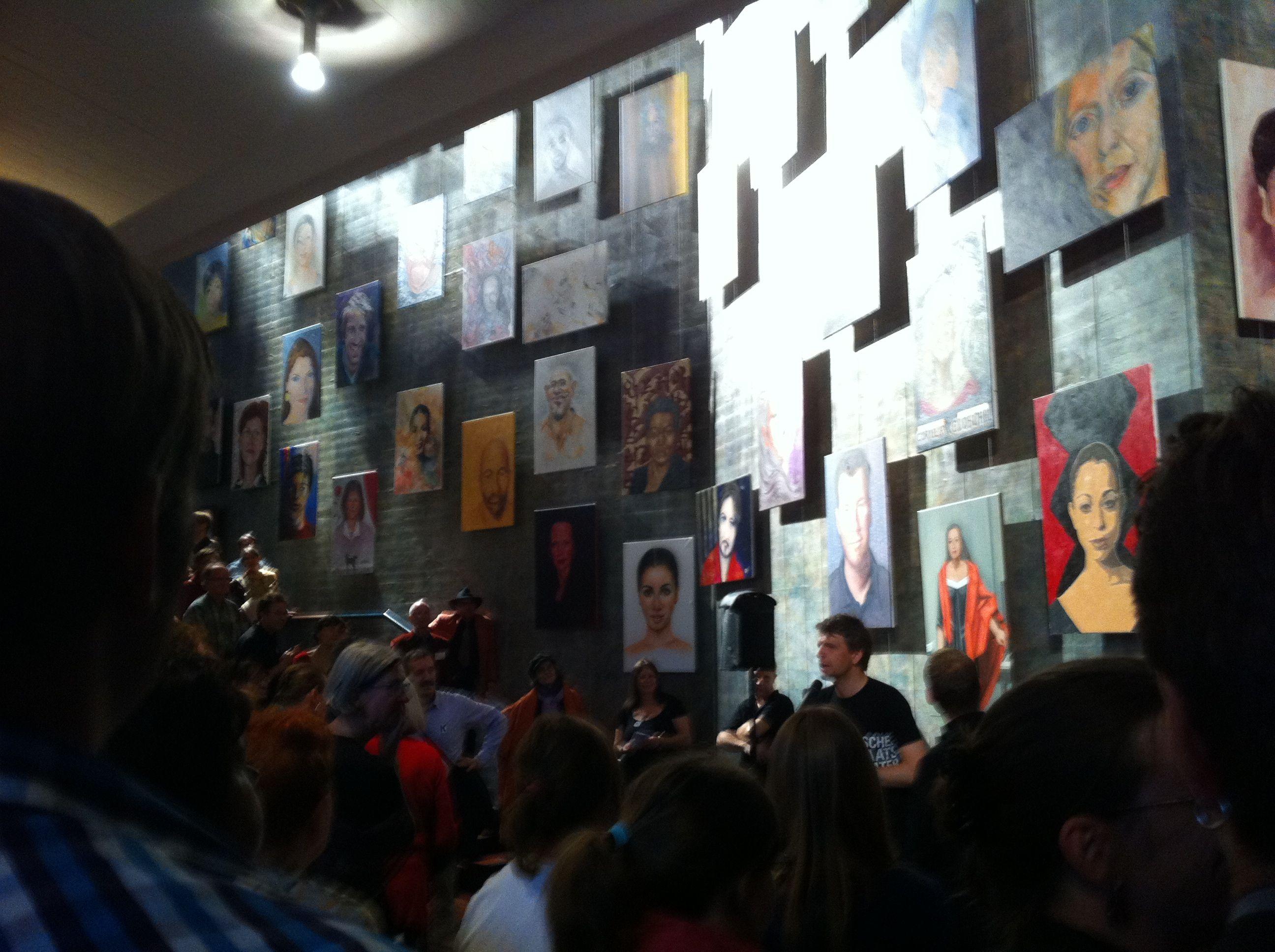 Malaktion Portraits Ensemble Staatstheater