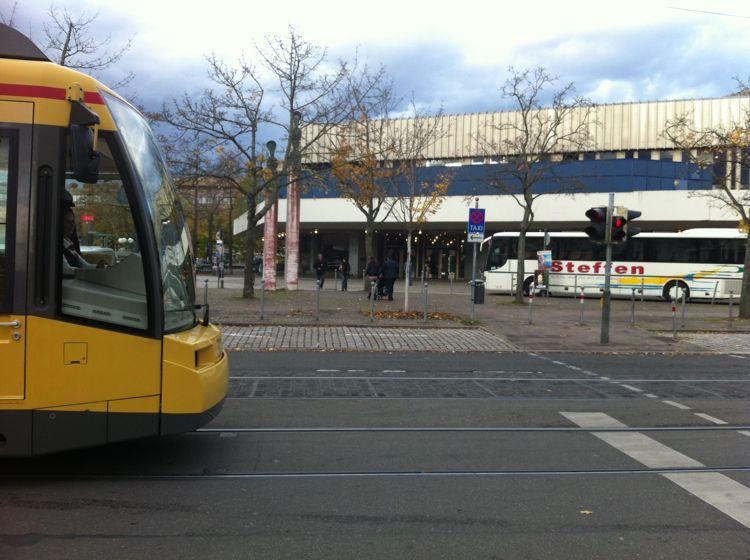 Neue Straßenbahnlinie, auch durch die Baumeisterstraße.
