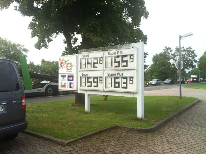 EFA_Tankstelle2