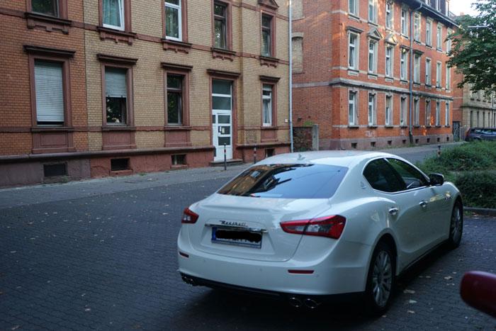 1 Tag alter Maserati.