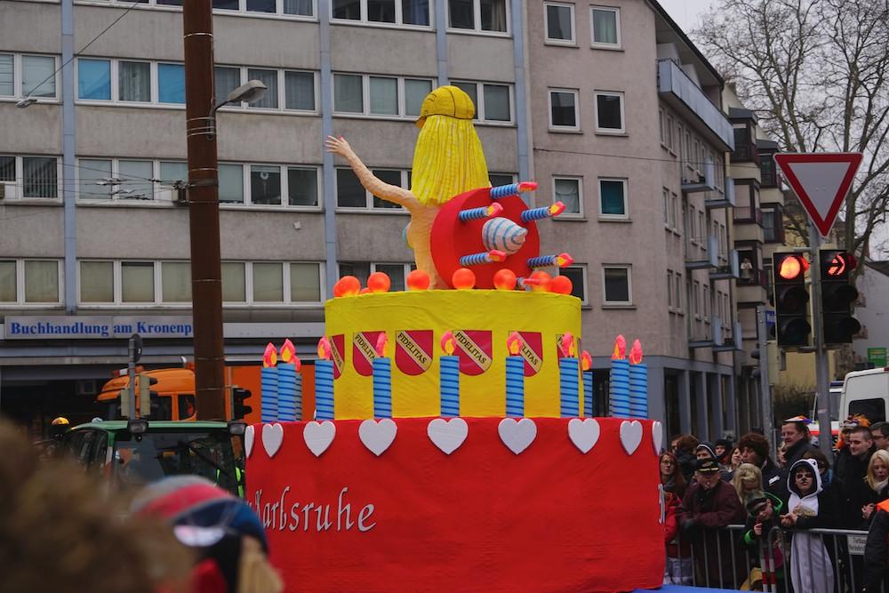Geburtsjahres-Faschingsumzug Karlsruhe am Kronenplatz 2015